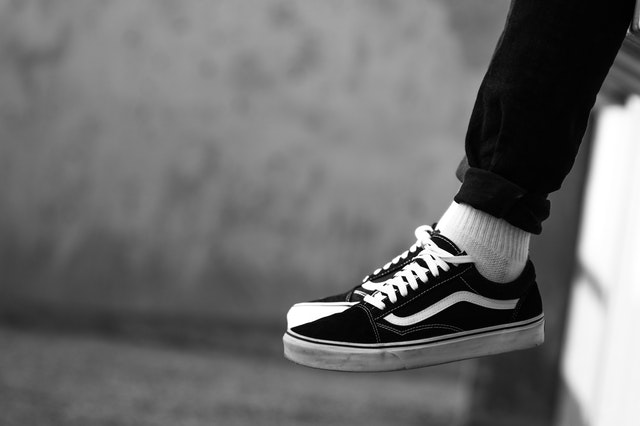 black-shoes-vans-1884882